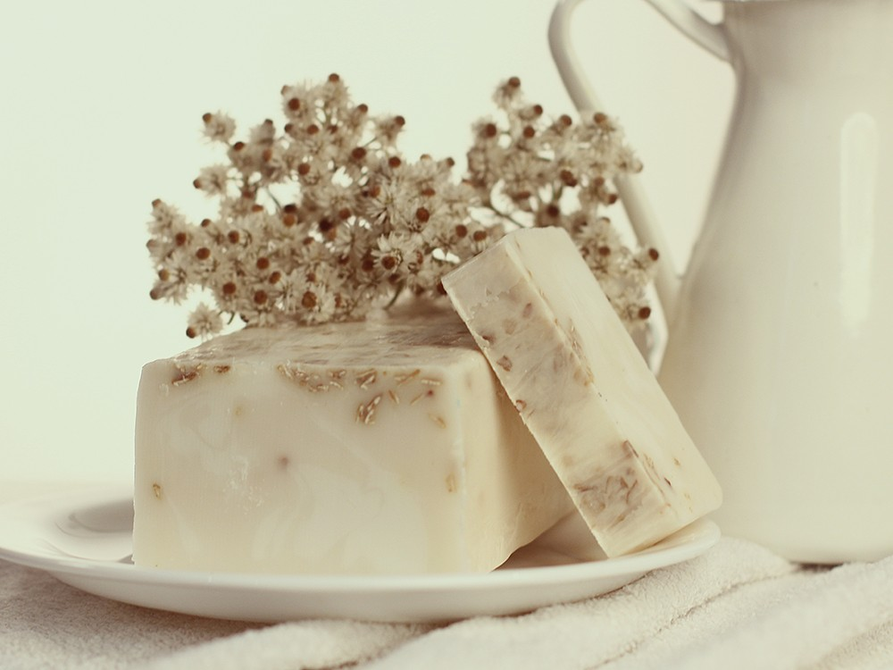 Мыло ручной работы с белой глиной Козье молоко