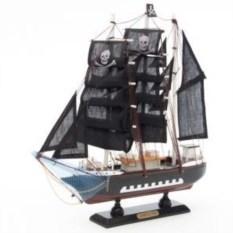 Сувенирная модель Пиратский корабль