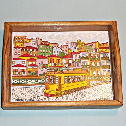 Поднос «Улочка Лиссабона»