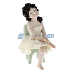 Фарфоровая статуэтка Наташа от Sibania
