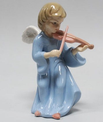 Статуэтка «Ангелочек играет на скрипке»