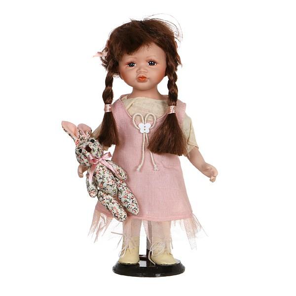 Фарфоровая коллекционная кукла Даниэла