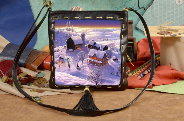 Черная сумка-планшет Заснеженный городок Elole Design