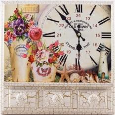 Квадратные настенные часы Old town