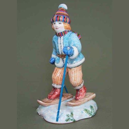 Фигурка Мальчик на лыжах (коллекция Дети)
