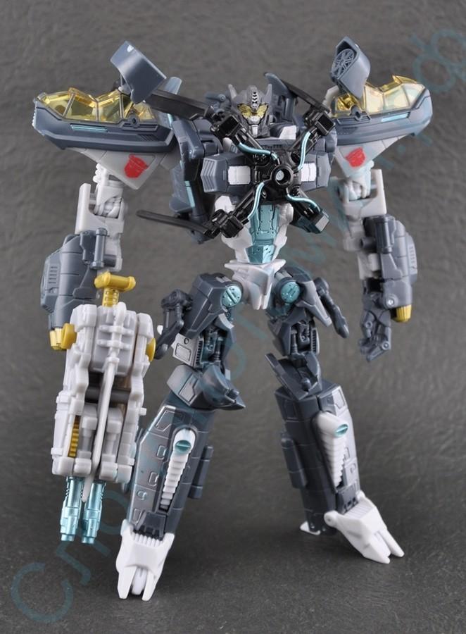 Игрушка робот-трансформер Вертолет Скайхаммер