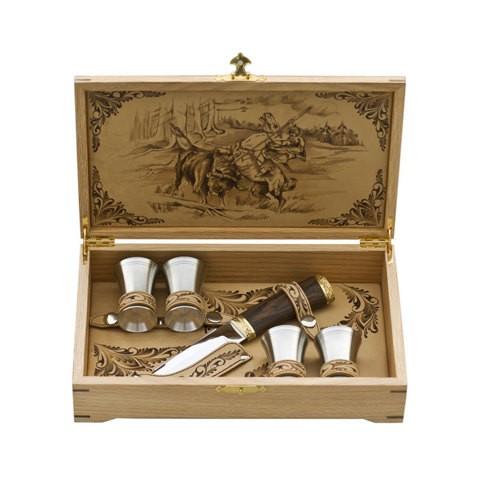 Набор подарочный в шкатулке (на 4 персоны)