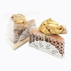 Столовое полотенце «Кусочек торта «Золотая роза в карамели»
