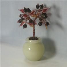 Дерево счастья из граната в вазочке из оникса