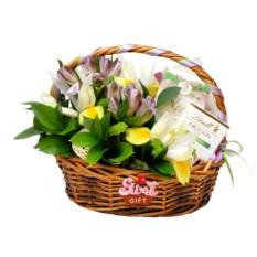 Подарочная корзина Весенний сад