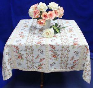 Льняная скатерть с кружевом Викторианский стиль