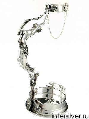 Серебряная подставка под бутылку