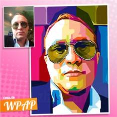 Портрет по фотографии мужчины в очках в стиле WPAP