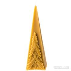 Свеча Пирамида с елкой