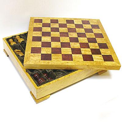 Набор шахматный из карельской березы