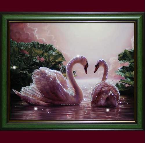 Картина Swarovski Влюбленные лебеди