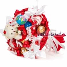 Бело-красный букет из конфет Первоклашка