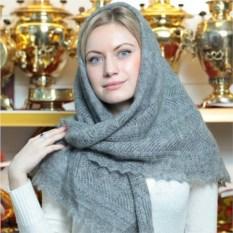 Пуховый оренбургский платок серого цвета
