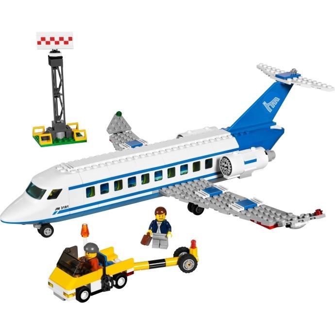 Lego City «Пассажирский самолёт»