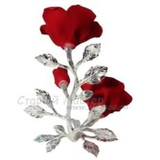 Красные розы с бутоном з фарфора с посеребрением
