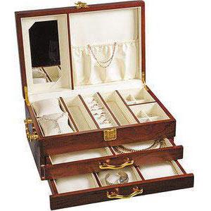 Шкатулка для драгоценностей деревянная трехъярусная