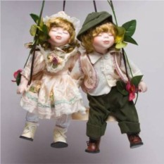 Фарфоровые парные куклы Кай и Герда
