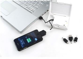 Зарядное устройство с набором переходников для iPhone
