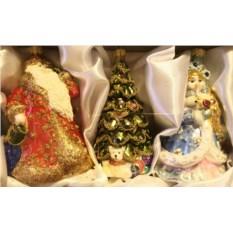 Набор елочных игрушек Дед Мороз, снегурочка и елка