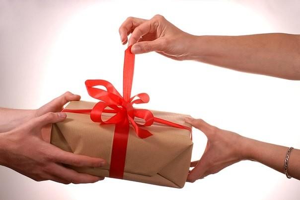 Сертификат Приглашение на любые услуги в салоне Lucky Finger