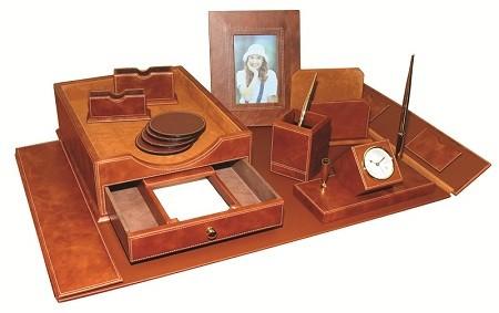 Подарочный набор Horse 9 предметов, коричневая кожа