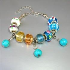 Цветной браслет из бирюзы в стиле Пандора