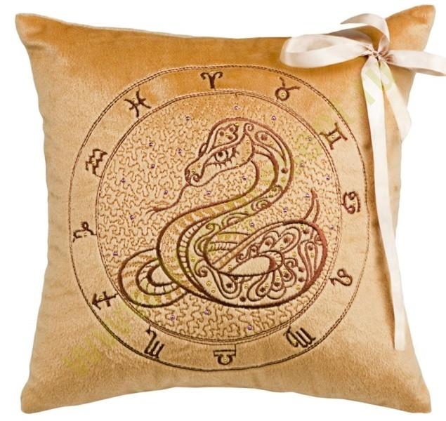 Подушка Змея