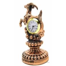 Статуэтка с часами Козерог