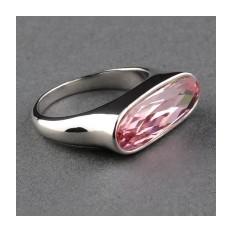 Кольцо с кристаллами Swarovski Багетта