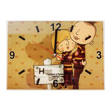 Настенные часы «День Объятий»