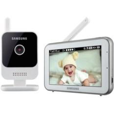 Видеоняня Samsung с двухсторонней аудио-связью