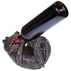 Подставка под бутылку «Крокодил»