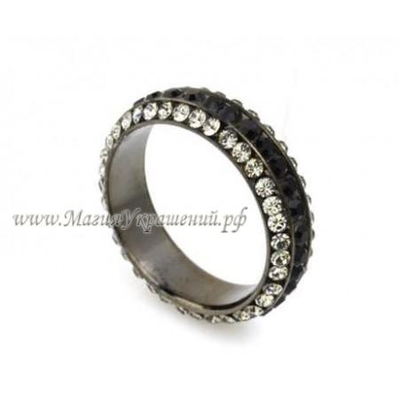 Кольцо с серо-черными кристаллами Сваровски