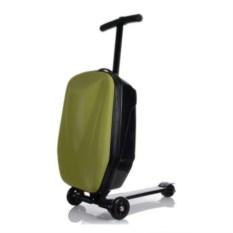 Зеленый чемодан-самокат