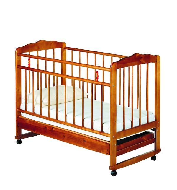 Деревянная кроватка качалка