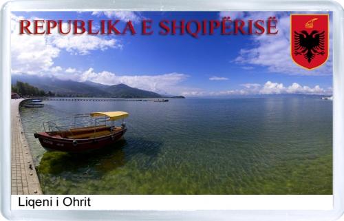 Магнит на холодильник: Албания. Охридское озеро