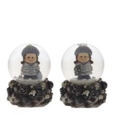Декоративная фигурка в стеклянном шаре Девочка