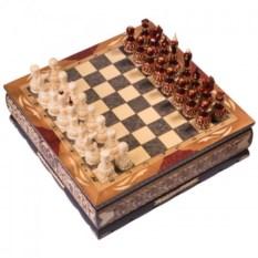 Резные шахматы ручной работы в ларце Slchesslarb