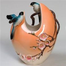 Фарфоровая скульптурная ваза Весна. Любовь. Сакура
