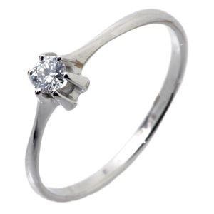 Кольцо с бриллиантом