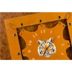 Часы из кожи Геометрический тигр (коричневато-жёлтый)