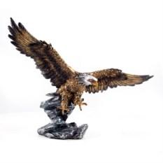 Статуэтка Орёл на охоте
