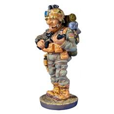 Скульптура Военный