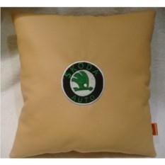 Подушка из искусственной кожи Skoda