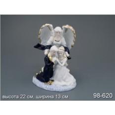Статуэтка Ангел с молодой влюбленной парочкой